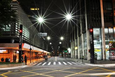 lâmpadas-de-LED-na-iluminação-pública-quais-são-as-vantagens